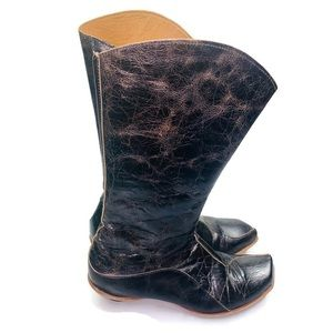 Cydwoq | Distressed Black Leather Boots Size 39